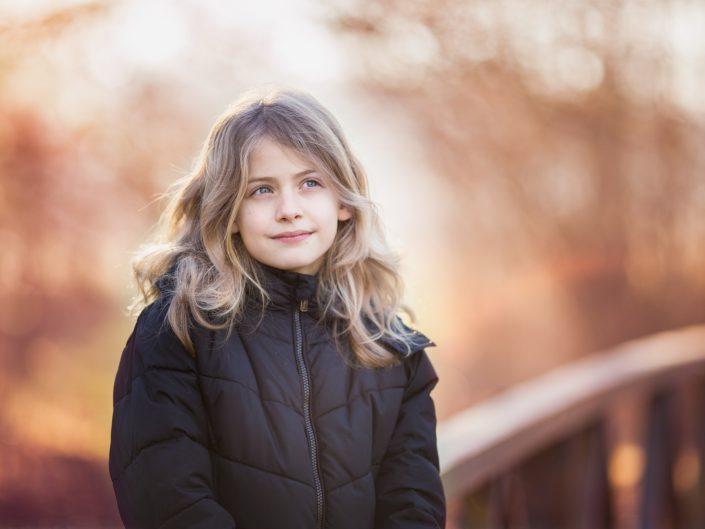 portret van meisje winter Zuigerplasbos Lelystad