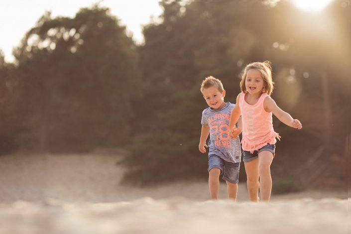 Familie fotograaf   Fotograaf Lelystad & Veluwe   Familie   Fotoshoot zandverstuiving Hulshorst harderwijk