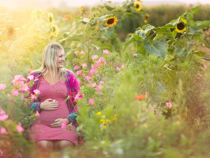 Mamalogisch tussen de bloemen