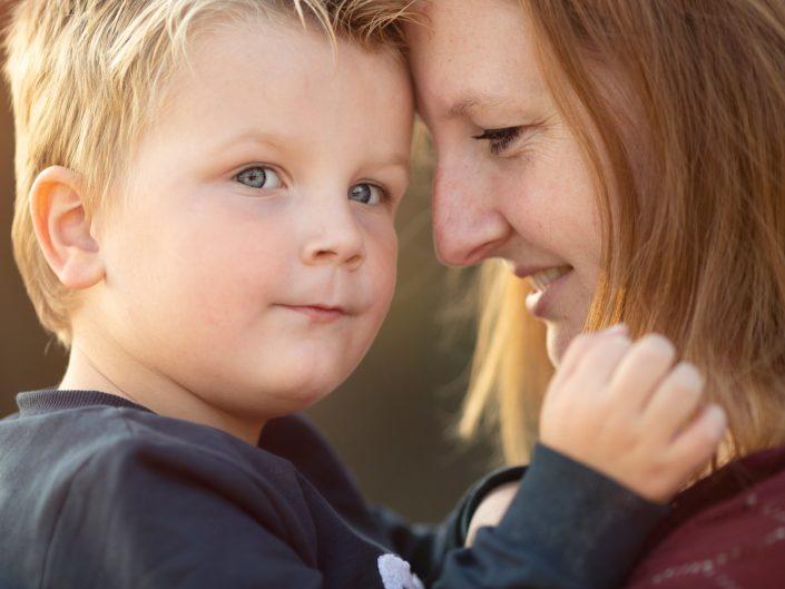 Familie fotograaf Veluwe Lelystad Fotoshoot zandverstuiving kinderfotograaf