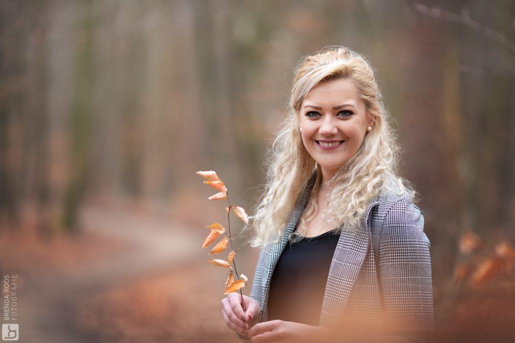 Fotoshoot vriendinnen | Fotograaf Lelystad & Veluwe | Leuvenumse Bos bij Harderwijk