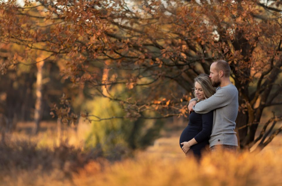 zwanger zwangerschap fotoshoot fotograaf Lelystad Veluwe Dronten