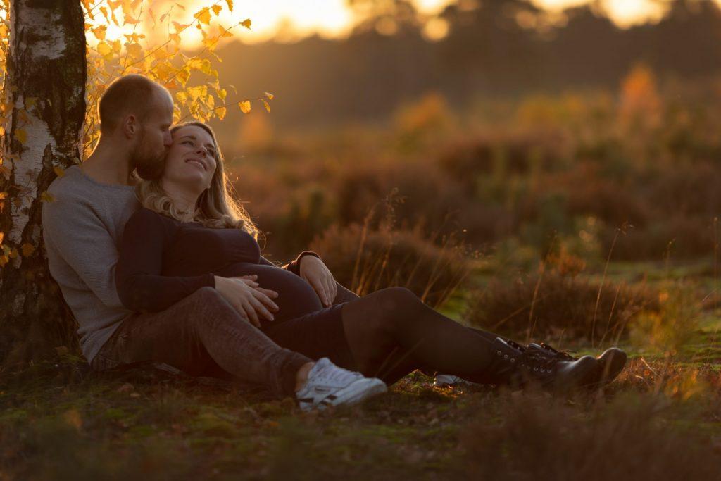 zwanger zwangerschaps-fotoshoot fotograaf Lelystad Veluwe Dronten