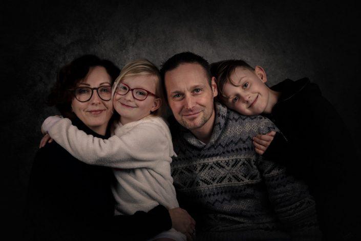 Fine Art Familie Fotoshoot Lelystad fotograaf gezin familie studio