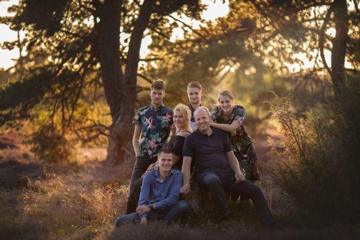 veluwe familie gezin fotoshoot gouden uur heide fotograaf Doornspijk
