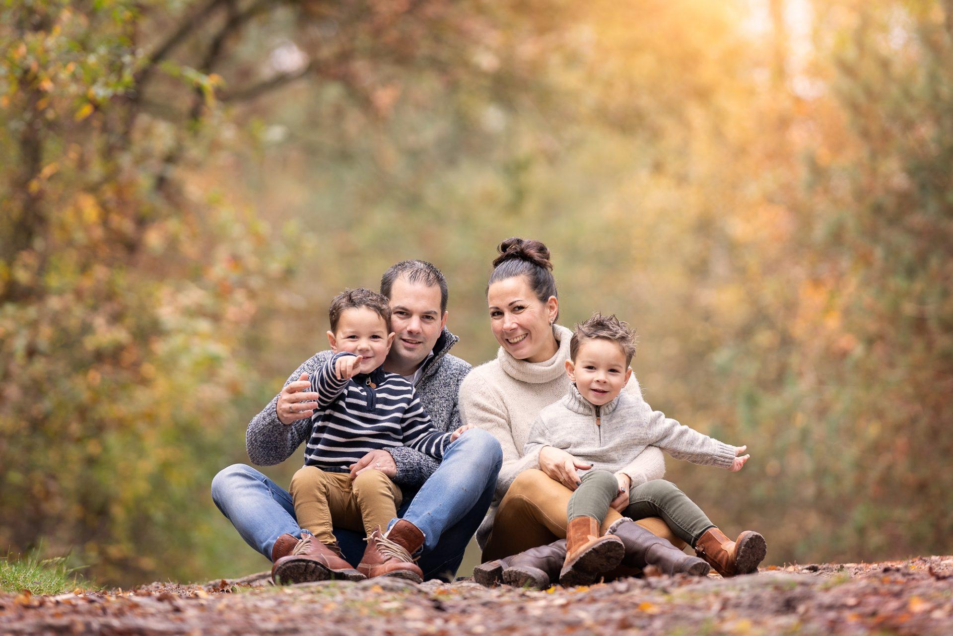 herfst fotoshoot fotograaf gezin Veluwe familieportret