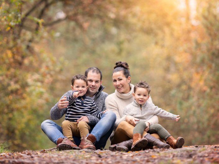 Herfst fotoshoot familie op de Veluwe
