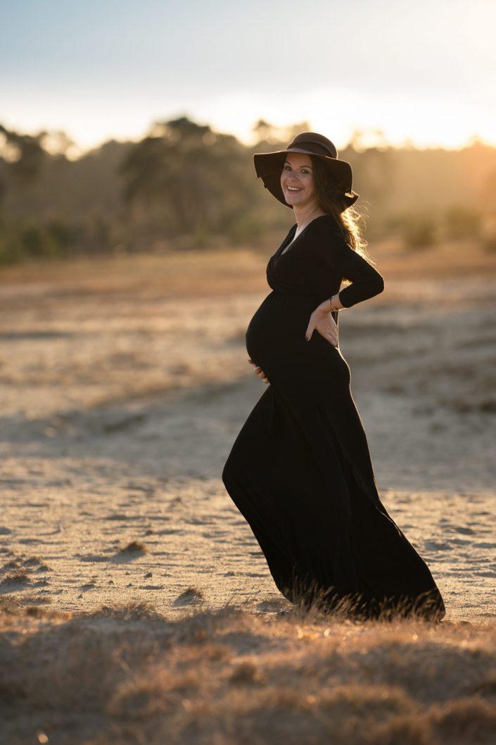 zwanger fotoshoot hulshorst zandverstuiving gouden uurtje
